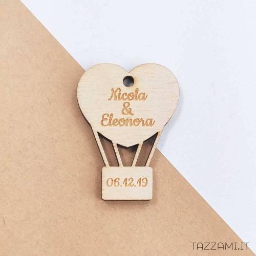 Tagliere da cucina quadrato in legno personalizzato con incisione